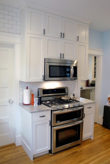 white frameless shaker style kitchen. Black Bedroom Furniture Sets. Home Design Ideas